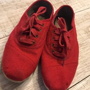 Red Wool Toms